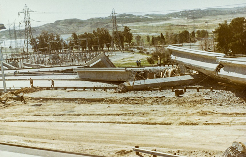 Destroyed overpass and roadway on the I-5.